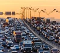 Автоэксперт назвал главные ошибки которые мешают решить проблемы с пробками на МКАД и в «новой Москве»