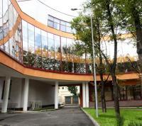 Школу с витражным остеклением на первом этаже построят в ТиНАО