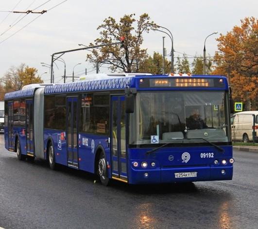 Интервалы движения автобусов на обновленных участках Калужского шоссе сократятся на 10-12%