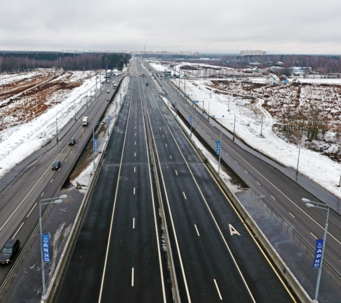 Около 100 километров дорог строится сейчас в «новой Москве»