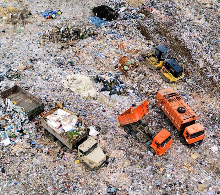 Свыше 800 тонн мусора вывезено при ликвидации несанкционированной свалки в ТиНАО