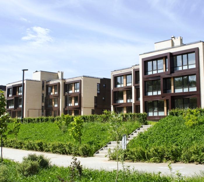 Корпуса «Дом у парка» и «Флагман» в составе ЖК «Андерсен» планируют сдать до конца года