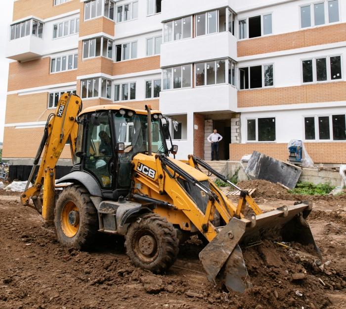 Первые дольщики проблемного жилого комплекса «Спортивный квартал» в ТиНАО получили ключи от квартир