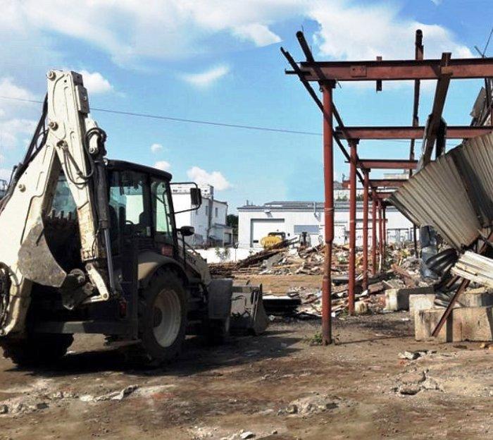 Шиномонтаж и торговый объект демонтировали в ТиНАО